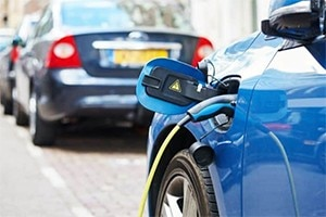 Know The Benefits Of Electric Cars Over Convention...